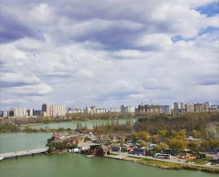 Парк 40-летия Октября, вид с многоэтажки на Кубанской, 58