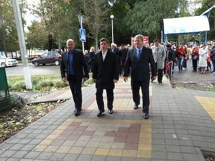 Торжественное открытие тротуара в Усть-Лабинске